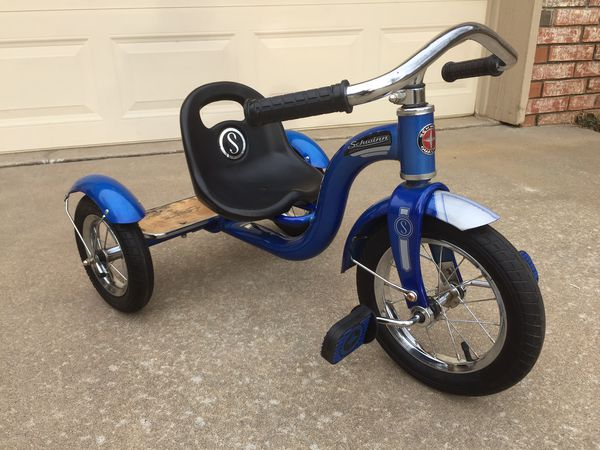 8f4b76b2282 Schwinn Roadster Kids Trike/Tricycle, 12