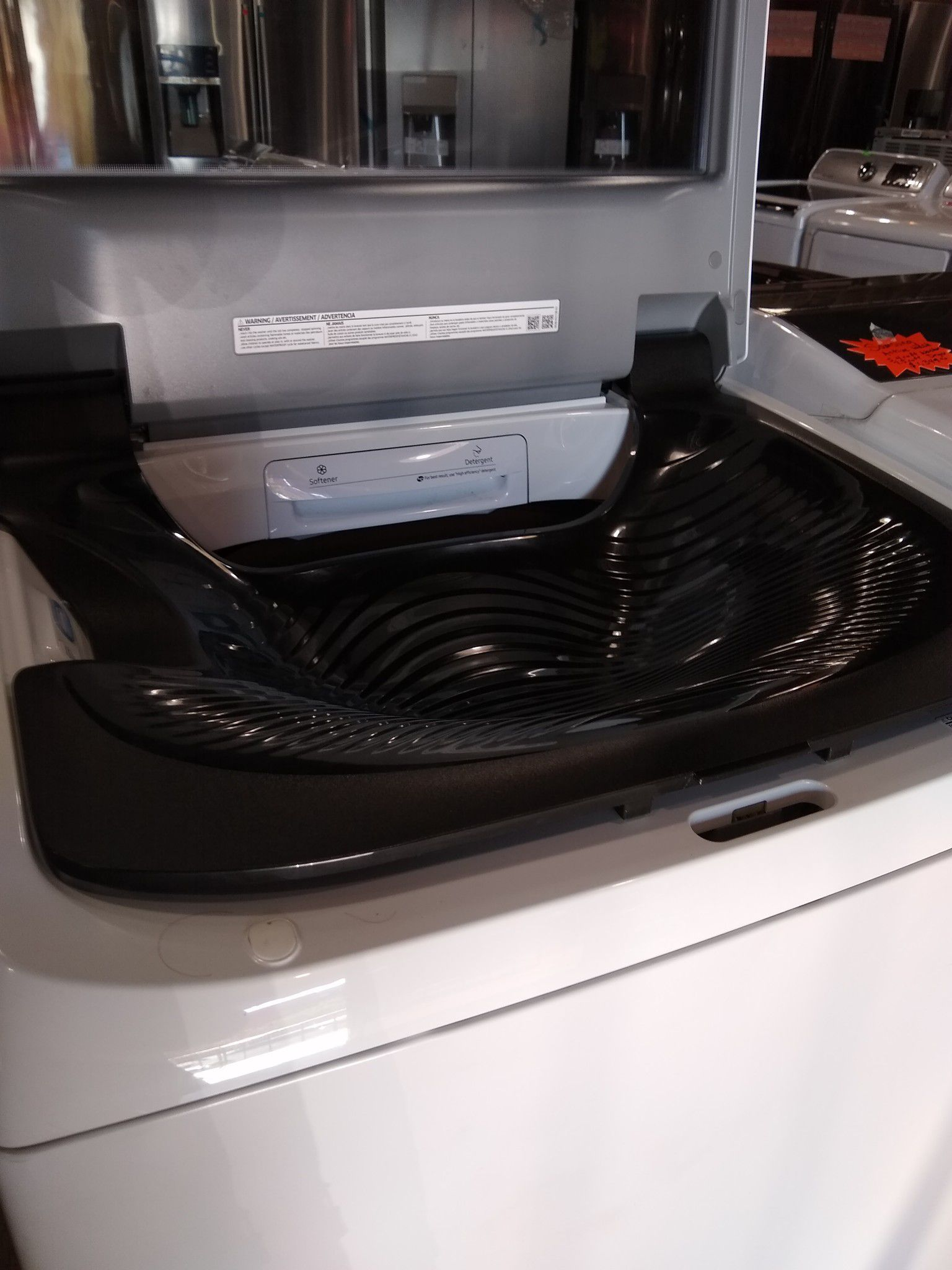 NEW SAMSUNG ACTIVE WASH AND GAS DRYER