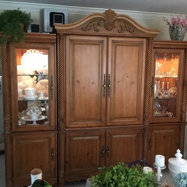 Wall Unit for Sale in Boca Raton, FL - OfferUp