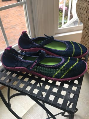 Girls size L Speedo blue water shoes for Sale in Centreville, VA