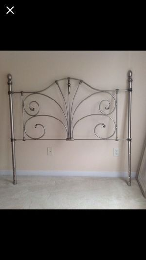 Head Board like new silver for Sale in Midlothian, VA
