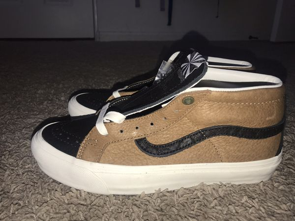 89ef5923da Vans Vault Taka Hayashi TH OG SK8 Mid LX Horween Bison Leather Brown (Men s  6.5) for Sale in Los Angeles