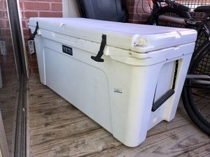 Yeti Tundra 125 White Cooler for Sale in Washington, DC