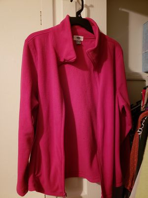 3 fleece pullovers for Sale in St. Louis, MO