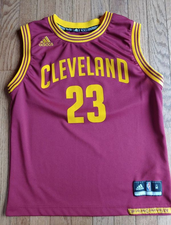 best loved 1697d b17de Lebron James youth jersey med Cavaliers for Sale in Brooklyn, NY - OfferUp
