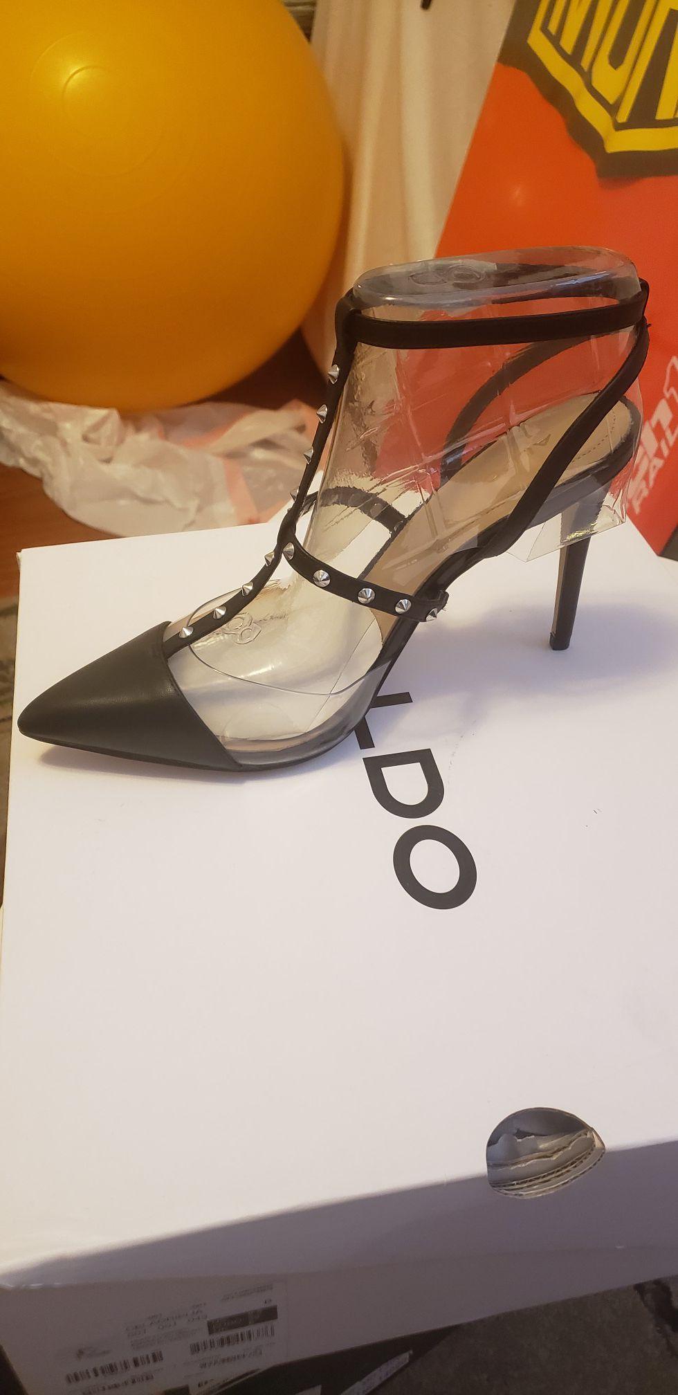Celadrielia size 8.5 brand new women's shoes