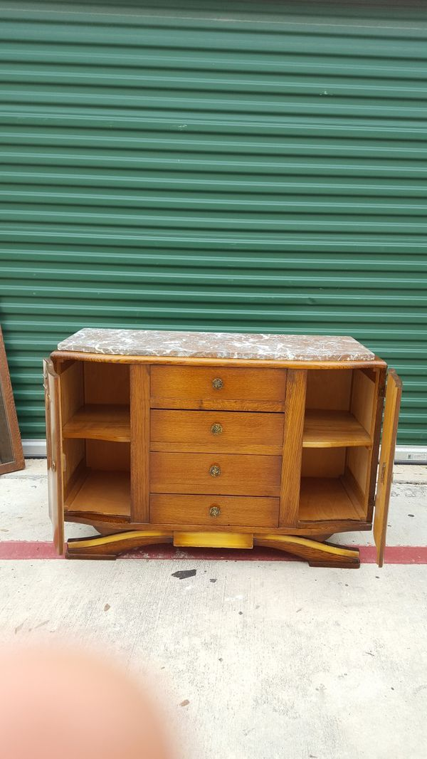 Vanity With Marble Top 44 Length 31 Height Mirror 26 18 Width Great Potential If Someone Wants To Refinish Furniture In San Antonio