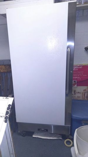 Arctic air commercial refrigerator for Sale in Denver, CO