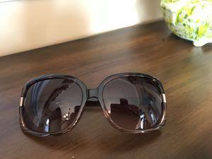 Tahari Sunglass for Sale in Manassas, VA