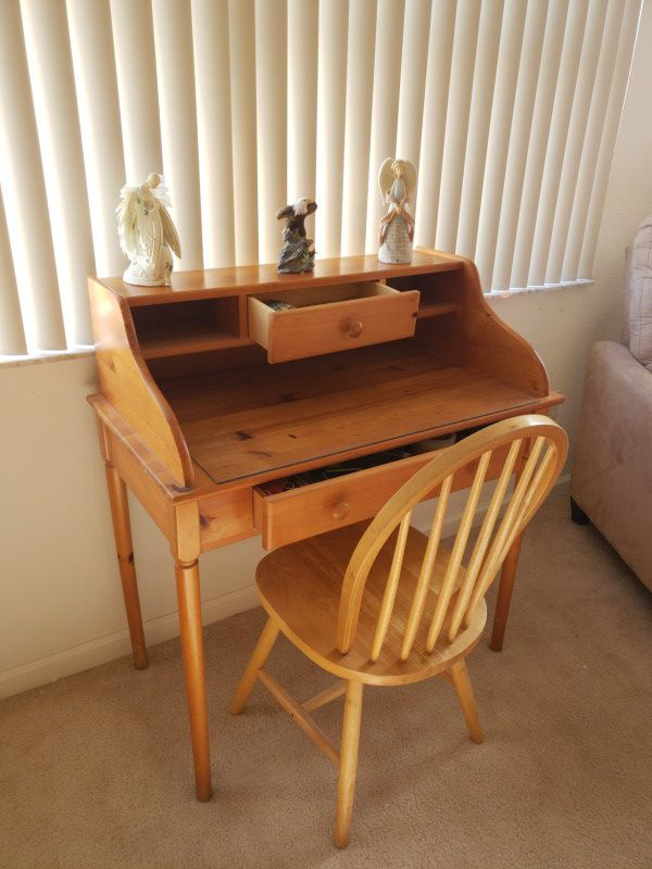 - Antique Letter Desk With Chair. For Sale In Homestead, FL - OfferUp