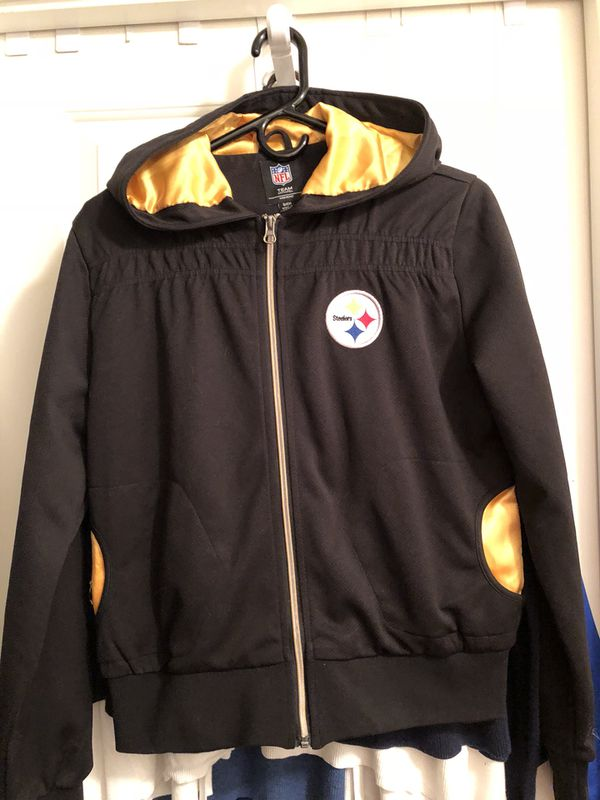 buy online 8a34a 70e4b Ladies Pittsburgh Steelers jacket for Sale in Portland, OR - OfferUp