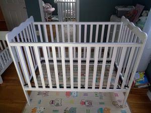 Baby crib for Sale in Manassas, VA