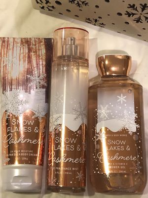 "B&BW Gift Set ""Snowflakes & Cashmere"" for Sale in Rockville, MD"