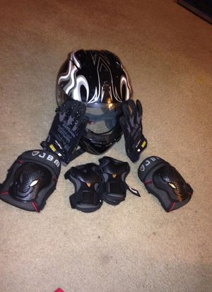 X4 Bike helmet, JBM knee and elbow pads, & mechanix mpact 2 gloves for Sale in Washington, DC