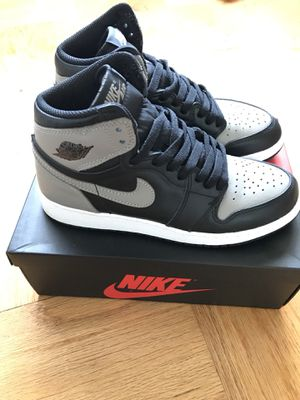 """Shadow "" Air Jordan 1 Retro High SIZE 5 for Sale in Silver Spring, MD"