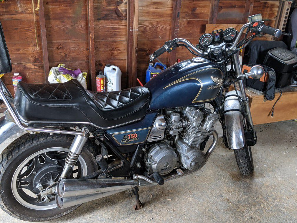 Photo 1981 honda cb 750 custom low miles clean title single owner