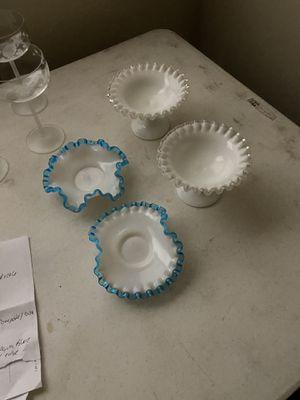 Photo Fenton glass dishes