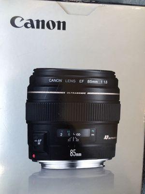 Canon EF 85mm lens for Sale in Alexandria, VA