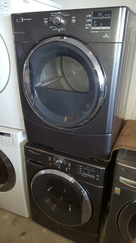 Maytag 2000 Series Washer And Gas Dryer In Silver For Sale