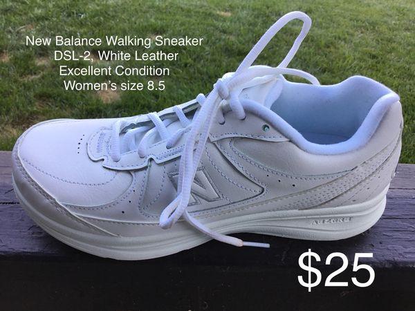 69a16f402 New Balance Walking Sneaker DSL-2