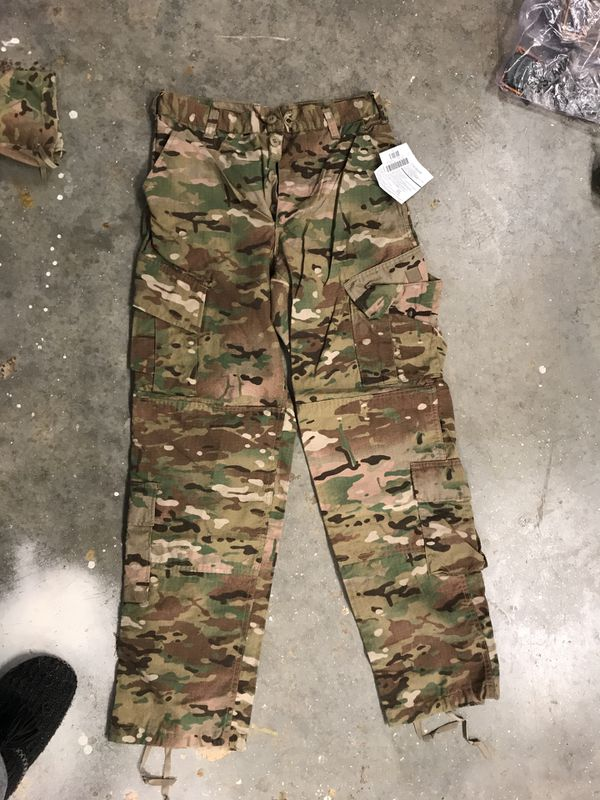 Authentic Army Combat Uniform Trousers 2013 with patch for Sale in ... f1d09aae938