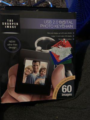 Photo USB 2.0 digital photo keychain new in box never used