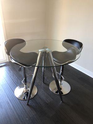 Modern Glass Dining Table + 2 Chairs (Pristine Condition) for Sale in UNIVERSITY PA, MD