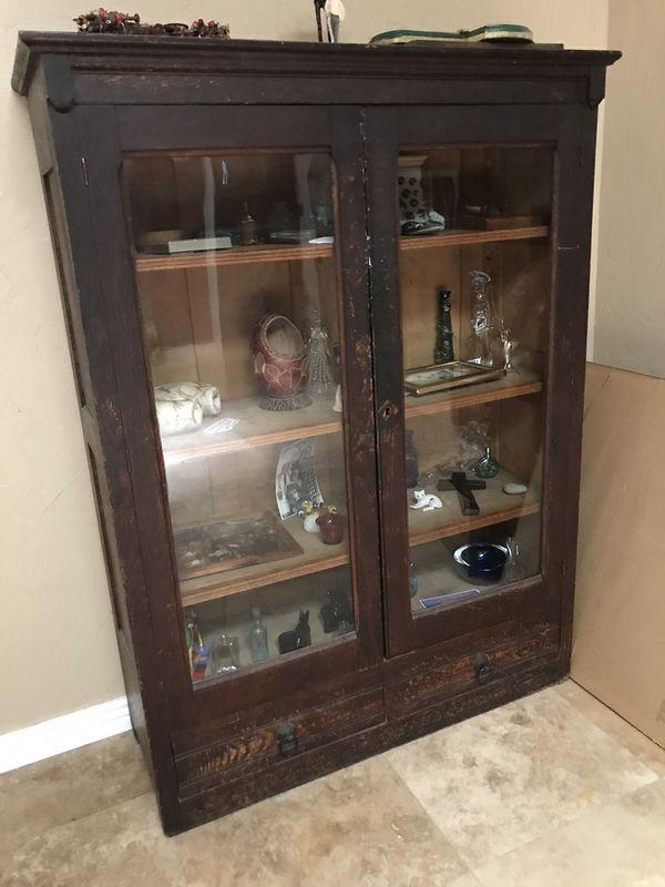 Antique Gl Hutch Curio Cabinet Entry Piece Or Bookshelf