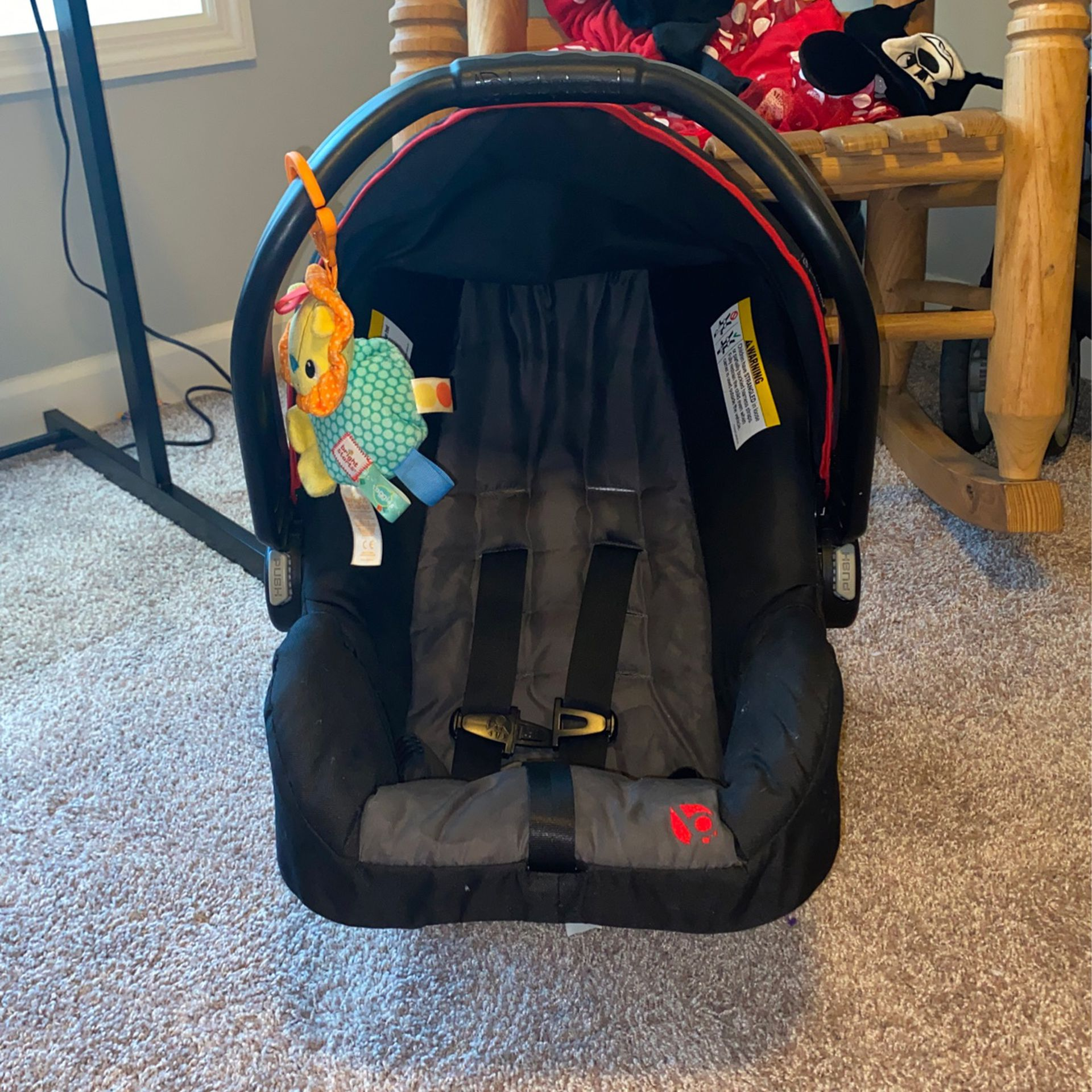 Baby Trend car seat with base