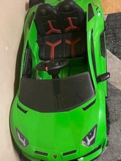 Green Lamborghini Power Wheel