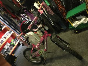 Malibu Pink bike for Sale in Temple Hills, MD