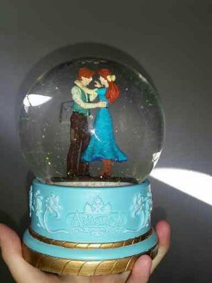 Anastasia Snow Globe For Sale In Seattle Wa Offerup