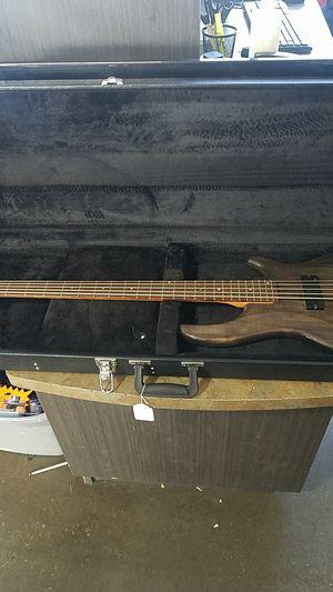 Dean Edge Electric Bass Guitar for Sale in Surprise, AZ