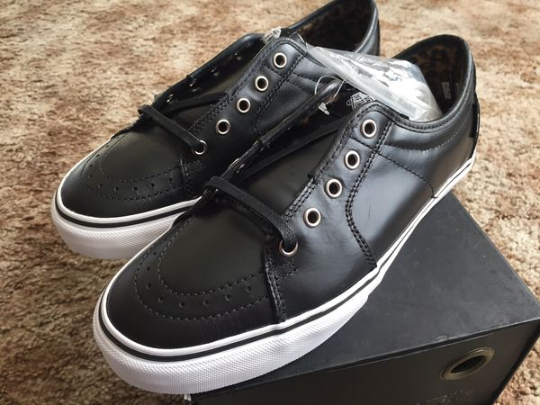 23f01d0fe5 Vans Ave Sk8 low size 9 black leather dill   ave syndicate for Sale in  Portland