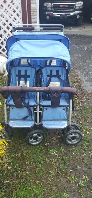 Photo 4 seat stroller