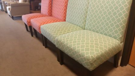 Accent chairs Thumbnail