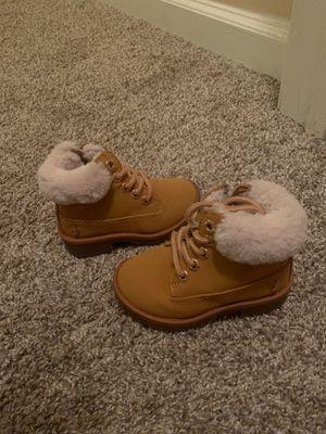 Photo Nautica fur boots - Size 6c