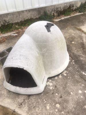 Photo Large dog igloo