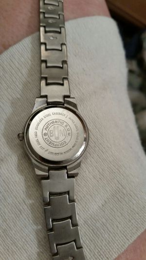Well-known Bum Equipment watch .Quarts , water resistant to 100 ' (Jewelry  LD99
