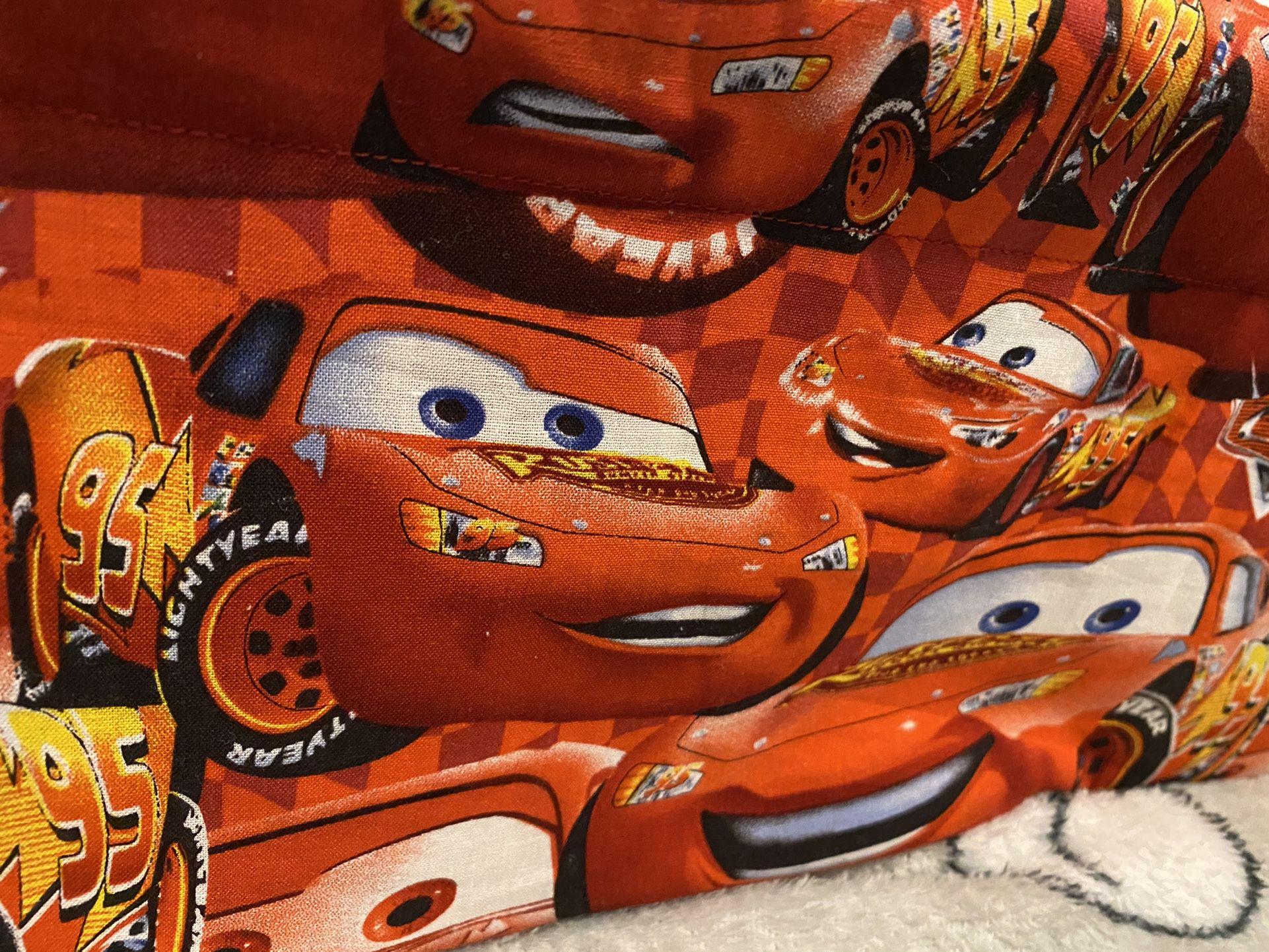 Cars Lightening McQueen Cloth Tablet/Bookshelf