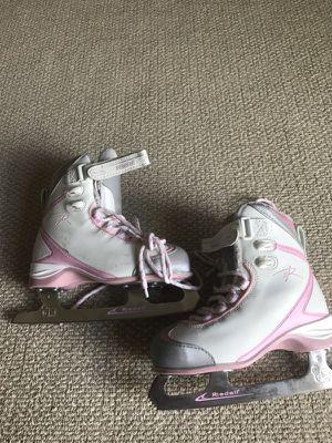 Riedell ice skate girls shoes for Sale in Manassas, VA