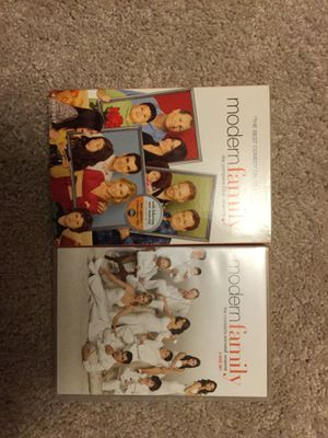 Modern Family seasons 1-2 for Sale in Apex, NC
