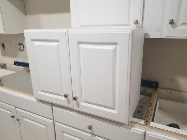 Kitchen cabinet for Sale in Phoenix, AZ - OfferUp
