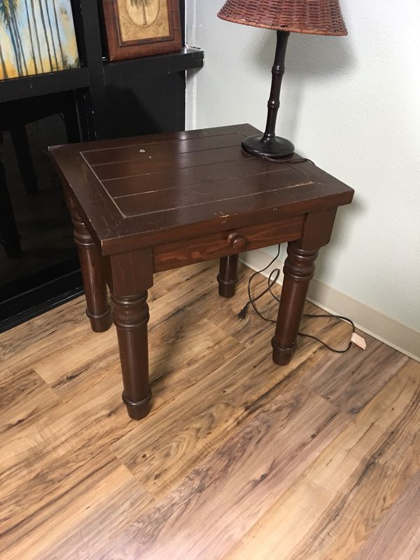 End Table Desk Coffee Trade Offer Check Listings For In San Go Ca Offerup