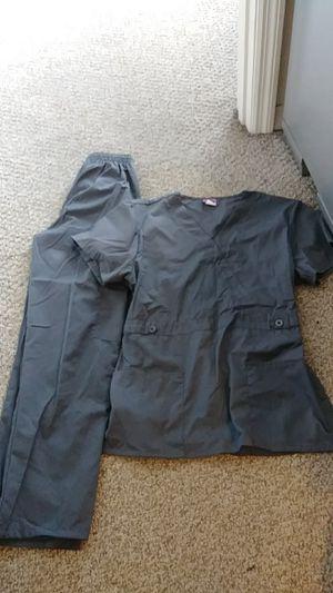 Vanessa scrub set gray size small for Sale in Orlando, FL