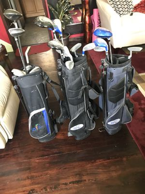 3 youth golf sets all for 50 or each for 10 price is Negotiable for Sale in New Castle, DE