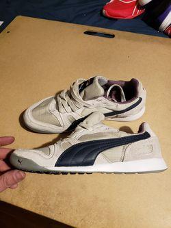Puma tennis shoes Thumbnail