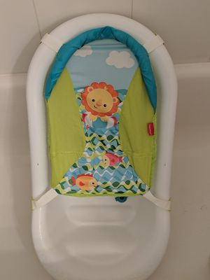 Fisher-Price Go Wild Baby Bathtub for Sale in Annandale, VA
