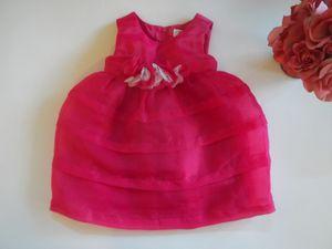 Photo Baby Girls Bright Pink Dress size 12-18M