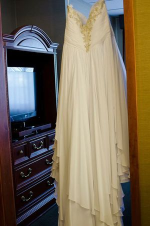 New and used wedding dresses for sale in appleton wi offerup wedding dress junglespirit Images